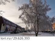 Купить «Морозный день (город Вятские Поляны Кировской области)», фото № 29626393, снято 19 декабря 2018 г. (c) Владимир Федечкин / Фотобанк Лори