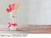 Купить «decorations for Valentine's Day», фото № 29633557, снято 7 января 2018 г. (c) Майя Крученкова / Фотобанк Лори