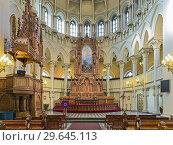 Купить «Хор и алтарь церкви Святого Иоанна в Хельсинки, Финляндия», фото № 29645113, снято 6 марта 2017 г. (c) Михаил Марковский / Фотобанк Лори