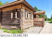 Купить «Traditional russian old wooden house in the village», фото № 29645181, снято 23 июля 2014 г. (c) FotograFF / Фотобанк Лори