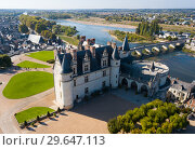 Купить «View of medieval castle Chateau in Amboise», фото № 29647113, снято 8 октября 2018 г. (c) Яков Филимонов / Фотобанк Лори