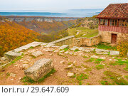 Купить «View of the valley in the autumn day in the cave city of Chufut-Kale, Crimea», фото № 29647609, снято 6 ноября 2017 г. (c) Константин Лабунский / Фотобанк Лори