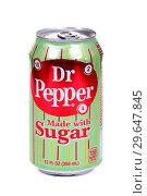 Купить «Dr Pepper», фото № 29647845, снято 5 января 2019 г. (c) Art Konovalov / Фотобанк Лори