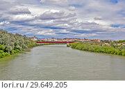 Река Гвадалквивир и мост Мирафлорес. Кордова. Испания (2013 год). Стоковое фото, фотограф Сергей Афанасьев / Фотобанк Лори