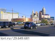 Купить «View of New York, New York in the background in Las Vegas, Nevada.», фото № 29649681, снято 18 ноября 2018 г. (c) age Fotostock / Фотобанк Лори