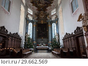 Купить «The interior of the Church at the castle - Palace-residence Of the Grand master (Deutschordenschloss) of the Teutonic order. Bad Mergentheim, Bavaria, Germany», фото № 29662569, снято 23 декабря 2012 г. (c) Наталья Волкова / Фотобанк Лори