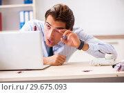 Купить «Businessman disgusted with cockroaches in the office», фото № 29675093, снято 25 сентября 2018 г. (c) Elnur / Фотобанк Лори