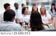 Woman whispering to her colleague. Стоковое видео, агентство Wavebreak Media / Фотобанк Лори