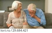 Old man sneezing. Стоковое видео, агентство Wavebreak Media / Фотобанк Лори