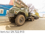Купить «Russia, Samara, May 2018: a column of military vehicles in the city.», фото № 29722913, снято 5 мая 2018 г. (c) Акиньшин Владимир / Фотобанк Лори