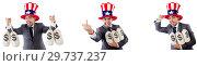 Купить «Man with american hat with moneybags», фото № 29737237, снято 17 июня 2019 г. (c) Elnur / Фотобанк Лори