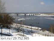 Купить «Пермь. Вид на реку Кама и Коммунальный мост», фото № 29752985, снято 18 марта 2007 г. (c) Дмитрий Щукин / Фотобанк Лори