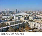 Купить «Городской пейзаж. Вид сверху. Екатеринбург», фото № 29756781, снято 27 февраля 2012 г. (c) Сергей Афанасьев / Фотобанк Лори