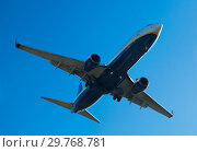 Passenger plane departing in afternoon. Стоковое фото, фотограф Яков Филимонов / Фотобанк Лори