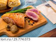 Купить «Poultry dish – fried duck breast», фото № 29774073, снято 21 июля 2019 г. (c) Яков Филимонов / Фотобанк Лори
