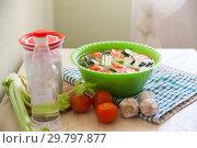 Купить «cucumbers and tomatoes with vinegar», фото № 29797877, снято 9 апреля 2020 г. (c) Дарья Филимонова / Фотобанк Лори