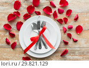 Купить «close up of table setting for valentines day», фото № 29821129, снято 9 февраля 2018 г. (c) Syda Productions / Фотобанк Лори