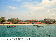 Sihanoukville, view from sea (2013 год). Стоковое фото, фотограф Юлия Бабкина / Фотобанк Лори