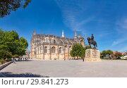 Купить «Batalha Monastery, Largo Infante Dom Henrique», фото № 29841273, снято 24 июня 2019 г. (c) age Fotostock / Фотобанк Лори