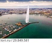 Aerial view of the fountain on the Lake Leman. Geneva. Switzerland (2019 год). Стоковое фото, фотограф Яков Филимонов / Фотобанк Лори