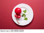 Купить «Твёрдый копчёный сыр ручной работы в парафиновой оболочке», фото № 29909009, снято 13 января 2019 г. (c) V.Ivantsov / Фотобанк Лори