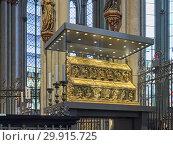 Купить «Рака трёх волхвов в Кёльнском соборе, Германия», фото № 29915725, снято 10 декабря 2018 г. (c) Михаил Марковский / Фотобанк Лори