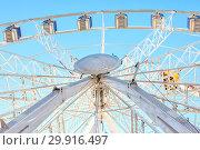 Купить «Amsterdam. Entertainment. Ferris wheel», фото № 29916497, снято 1 мая 2011 г. (c) Parmenov Pavel / Фотобанк Лори
