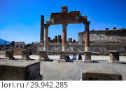 Купить «Ruins of ancient city of Pompeii near volcano Vizuvius, Naples, Italy», фото № 29942285, снято 21 апреля 2015 г. (c) Яна Королёва / Фотобанк Лори