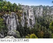 Bastei rock formation in Saxon Switzerland National Park, Germany (2014 год). Стоковое фото, фотограф Куликов Константин / Фотобанк Лори