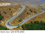Купить «Осенний пейзаж и горная дорога, Армения», фото № 29979093, снято 29 сентября 2018 г. (c) Инна Грязнова / Фотобанк Лори