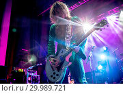 Купить «The Darkness performing live on stage at the O2 Guildhall Southampton in Southampton, Hampshire. Featuring: The Darkness, Justin Hawkins Where: Southampton...», фото № 29989721, снято 23 ноября 2017 г. (c) age Fotostock / Фотобанк Лори