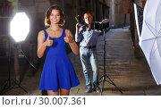 Купить «Girl posing to professional photographer», фото № 30007361, снято 5 октября 2018 г. (c) Яков Филимонов / Фотобанк Лори