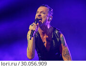 Купить «Depeche Mode Performing at Manchester Arena Featuring: Depeche Mode, Dave Gahan Where: Manchester, United Kingdom When: 17 Nov 2017 Credit: Sakura/WENN.com», фото № 30056909, снято 17 ноября 2017 г. (c) age Fotostock / Фотобанк Лори