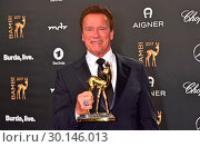 Arnold Schwarzenegger at Bambi awards at Theater am Potsdamer Platz... (2017 год). Редакционное фото, фотограф AEDT / WENN.com / age Fotostock / Фотобанк Лори