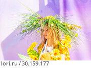 Купить «Russia Samara August 2018: Portrait of a participant in a dress contest at a flower festival», фото № 30159177, снято 25 августа 2018 г. (c) Акиньшин Владимир / Фотобанк Лори