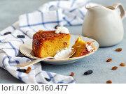 Piece of Kugel a traditional Jewish dessert food. Стоковое фото, фотограф Марина Сапрунова / Фотобанк Лори