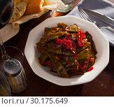 Купить «Stewed green beans with pepper», фото № 30175649, снято 18 марта 2019 г. (c) Яков Филимонов / Фотобанк Лори