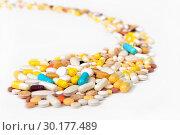 Купить «Таблетки и капсулы», эксклюзивное фото № 30177489, снято 24 февраля 2019 г. (c) Юрий Морозов / Фотобанк Лори