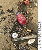 Waste on the beach close to Salamis hotel. Cyprus. Стоковое фото, фотограф Andre Maslennikov / age Fotostock / Фотобанк Лори