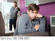 Купить «Angry father screaming at offender son», фото № 30196001, снято 8 февраля 2019 г. (c) Яков Филимонов / Фотобанк Лори