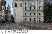 Купить «Inside of Moscow Kremlin, Russia (day)», видеоролик № 30209305, снято 26 февраля 2019 г. (c) Владимир Журавлев / Фотобанк Лори