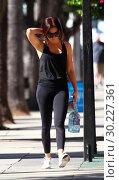 Купить «Ashley Tisdale spotted leaving the gym in Studio City Featuring: Ashley Tisdale Where: Los Angeles, California, United States When: 23 Oct 2017 Credit: WENN.com», фото № 30227361, снято 23 октября 2017 г. (c) age Fotostock / Фотобанк Лори