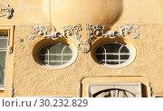 Фрагмент здания в стиле Art Nouveau. Район Катаянокка. Хельсинки. Финляндия (2018 год). Редакционное фото, фотограф E. O. / Фотобанк Лори