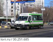 Купить «Городское маршрутное такси на рейсе. Улица Плещеева. Район Бибирево. Город Москва», эксклюзивное фото № 30251685, снято 23 марта 2015 г. (c) lana1501 / Фотобанк Лори