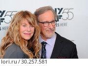 55th New York Film Festival - 'Spielberg' Premiere at Alice Tully... (2017 год). Редакционное фото, фотограф Ivan Nikolov / WENN.com / age Fotostock / Фотобанк Лори