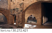 Купить «Strict architecture of cloister gallery with Gothic ogival spans of Monastery of Santa Maria de Santes Creus, Catalonia, Spain», видеоролик № 30272421, снято 11 февраля 2019 г. (c) Яков Филимонов / Фотобанк Лори