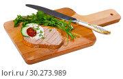 Купить «Toasted bread with rillettes and fresh cheese on wooden board», фото № 30273989, снято 25 мая 2019 г. (c) Яков Филимонов / Фотобанк Лори