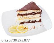 Купить «Delicious layer lemon сhocolate сake сloseup», фото № 30275877, снято 18 марта 2019 г. (c) Яков Филимонов / Фотобанк Лори