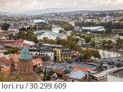 Купить «Scenic panoramic view of Tbilisi», фото № 30299609, снято 23 сентября 2018 г. (c) Юлия Бабкина / Фотобанк Лори