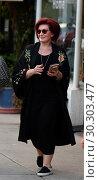 Купить «Sharon Osbourne and Ozzy Osbourne out and about Featuring: Sharon Osbourne Where: Los Angeles, California, United States When: 16 Sep 2017 Credit: WENN.com», фото № 30303477, снято 16 сентября 2017 г. (c) age Fotostock / Фотобанк Лори